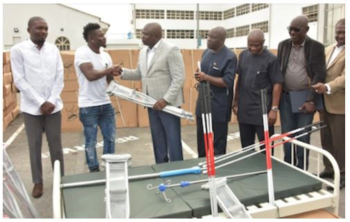 Nigerian Footballer, Obafemi Martins Donates Health Equipment To The Less Privileged In Lagos