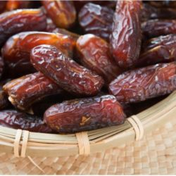 5 Reasons Why You Should Always Eat Dates